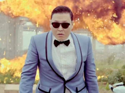 Gangnam Style takes UNIS and the world by storm