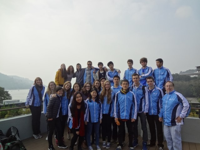 2014 UNIS Varsity Swim Team